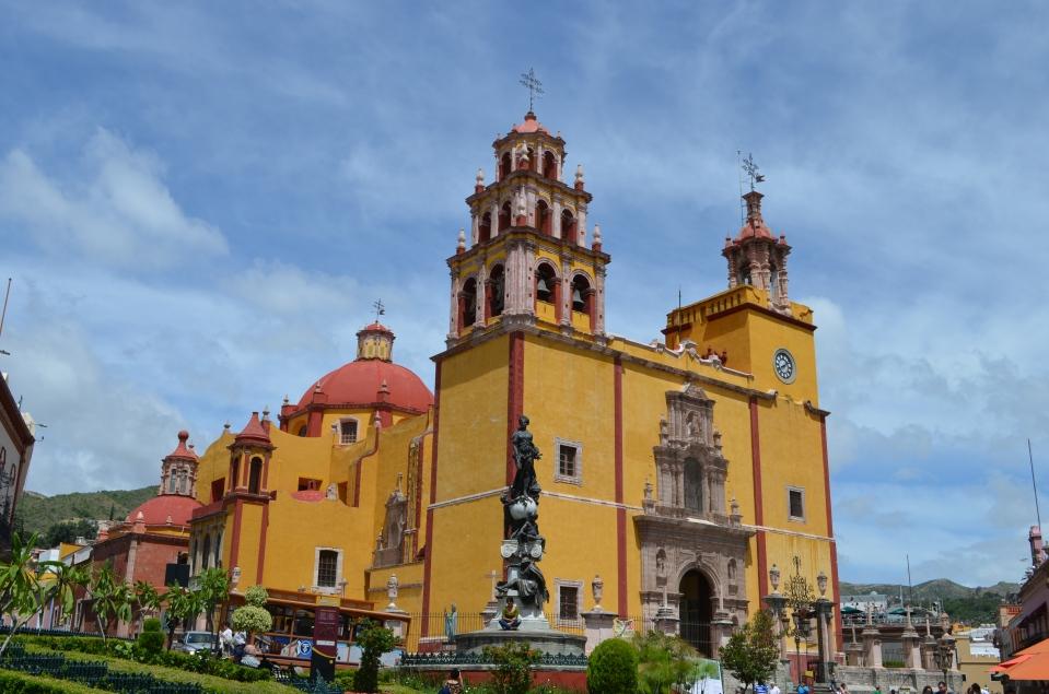 A nice centerpiece, Guanajuato, Mexico